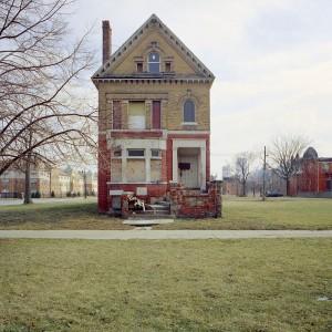 abandoned-houses-3
