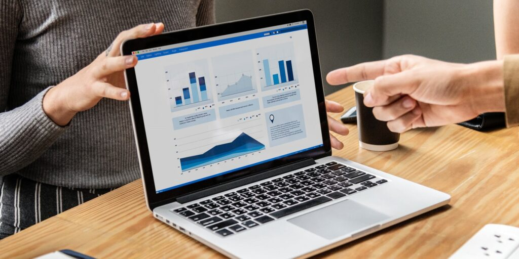 How to closely monitor your workforce without micromanaging